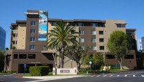 Pointe Brea Apartments